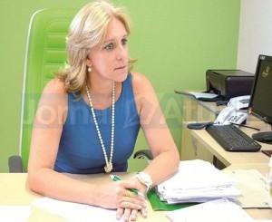 Secretária, Lúcia Martinazzo, disponibiliza cronograma do calendário escolar de 2013. (FOTO DIVULGAÇÃO)