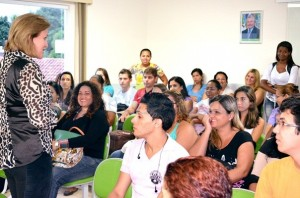 Lucia Martinazzo afirma que a prefeitura se preocupa em oferecer melhores condições de estudos para a comunidade. (FOTO LEVI OLIVEIRA)