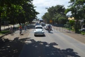 Obras de revitalização prometem restaurar via e asfaltar o acostamento. (FOTO NATÁLIA FIGUEIREDO)