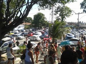 Sorteio Natal de Prêmios ACIAPS - fotos da quantidade de carros estacionados