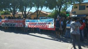 Ato por reajuste salarial do professores da rede municipal de Seropedica