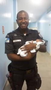 Fotos retirada do perfil de Plantão Policial RJ