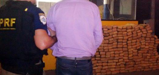 Homem disse que receberia R$ 10 mil pela entrega dos 300 quilos de maconha na Avenida Brasil, em Bonsucesso